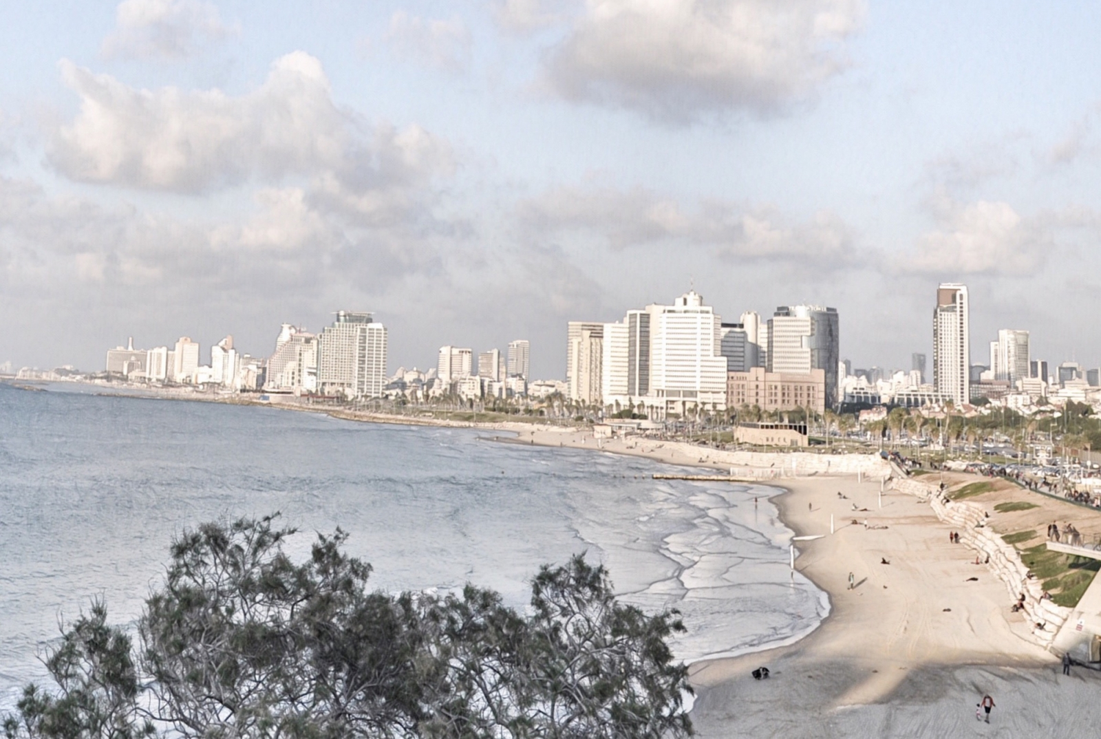 Tel Aviv – it puts a spell on you.